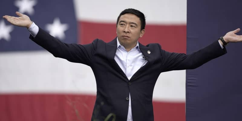 andrew-yang-arms-open