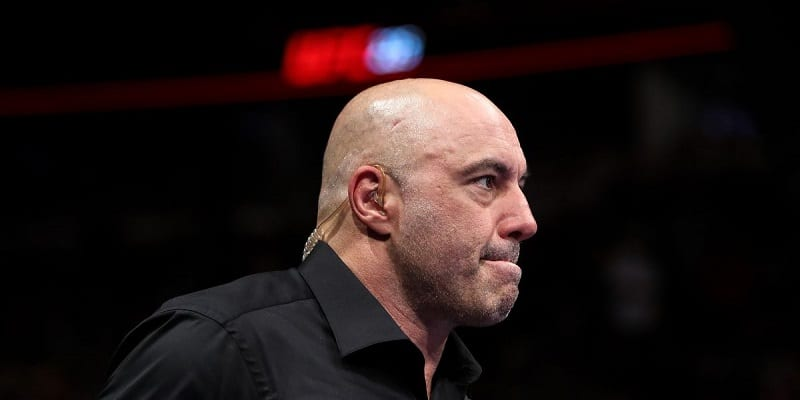 Joe Rogan looking to the right